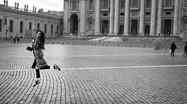 photo d'une femme à paris