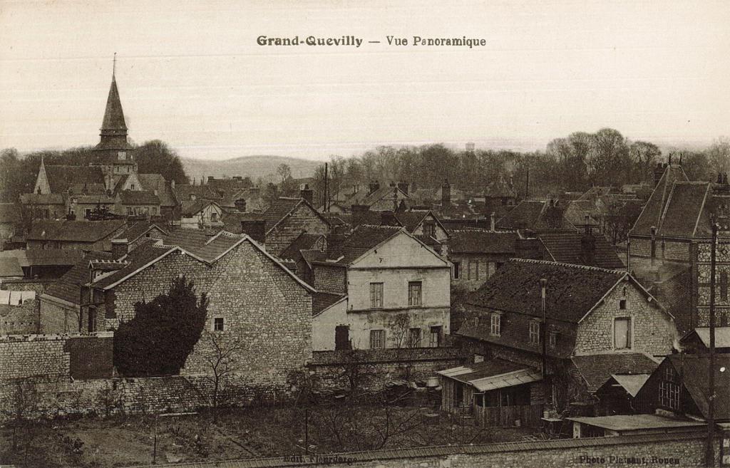 Vue ancienne d'un panorama du Bourg