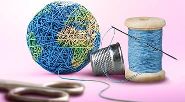Une pelotte de fil ressemblant à la Terre